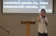 Kalau Ikut Kristus Jangan Takut-Takut (Bapak Sandy Triyasa)